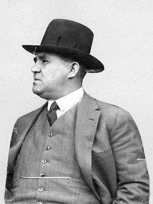 Melbourne gangster Henry Stokes  1930s