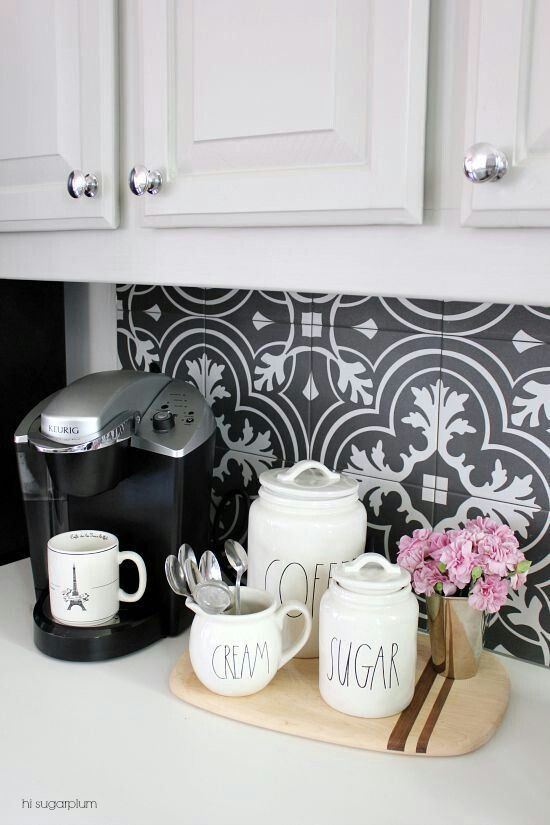 Black and white tiled backsplash!