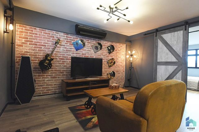 You Ll Never Believe These Homes Are Under 700 Sq Ft Home By Hitcheed Studio Apartment Layout Apartment Layout Small Apartment Design