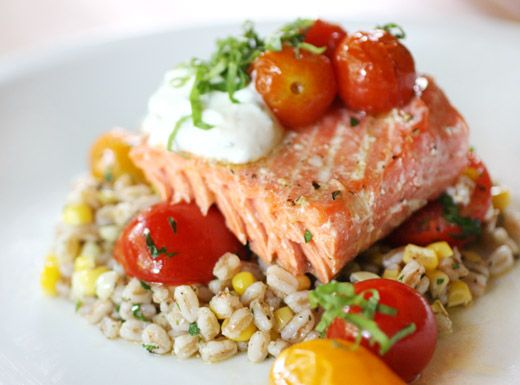 lisa is cooking: Slow Roasted Salmon with Cherry Tomatoes and Farro