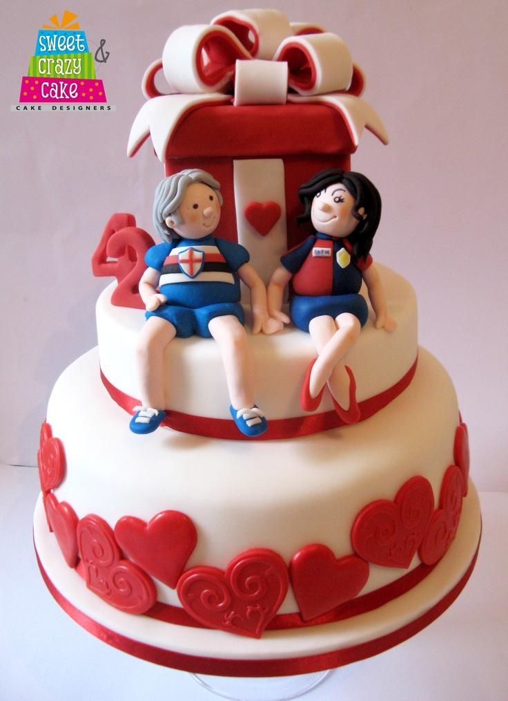 """Santino ha chiesto di sposarlo alla sua Michela con questa torta di compleanno...che racchiudeva, a sorpresa nella scatola, un fantastico solitario con richiesta di matrimonio!!! Bravoooo!!!!!...p.s. naturalmente ha detto """"si""""!!! w l'amoreeee!!!!!! <3"""