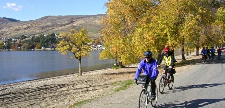 Biking along Kin Beach @ Okanagan Lake \ Vernon, BC