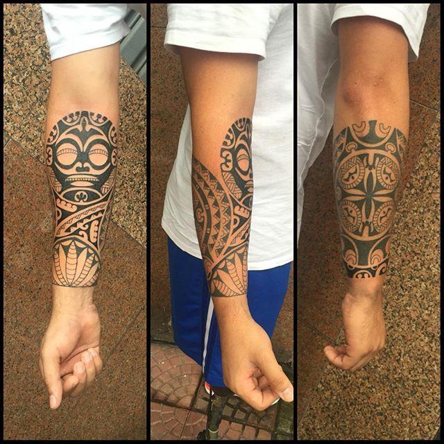 Mais uma sessão para continuar fechamento de braço. Valeu @alanfonteles_oficial #maoritattoo #maori #polynesian #tattoomaori #polynesiantattoos #polynesiantattoo #polynesia #tattoo #tatuagem #tattoos #blackart #blackwork #polynesiantattoos #marquesantattoo #tribal #guteixeiratattoo #goodlucktattoo #tribaltattooers #tattoo2me #inspirationtatto #tiki #tikitattoo