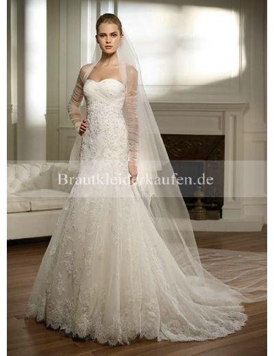 spitze brautkleid  Brautkleider 2013  Pinterest  Princesses and ...