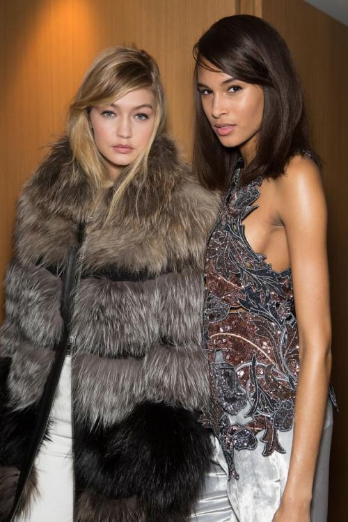 mulberry-cookies:Gigi Hadid & Cindy Bruna Backstage @ Sonia Rykiel Fall/Winter 2015