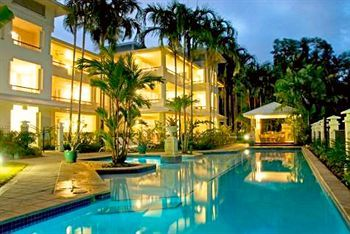 Mandalay & Shalimar Luxury Beachfront Apartments, Port Douglas
