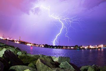 Auf Hitzerekord folgen Regen und Sturm