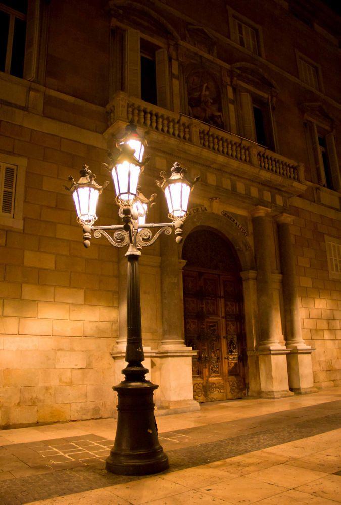 Palau de la Generalitat lit by street lamp. Barcelona, Catalonia   Europe.