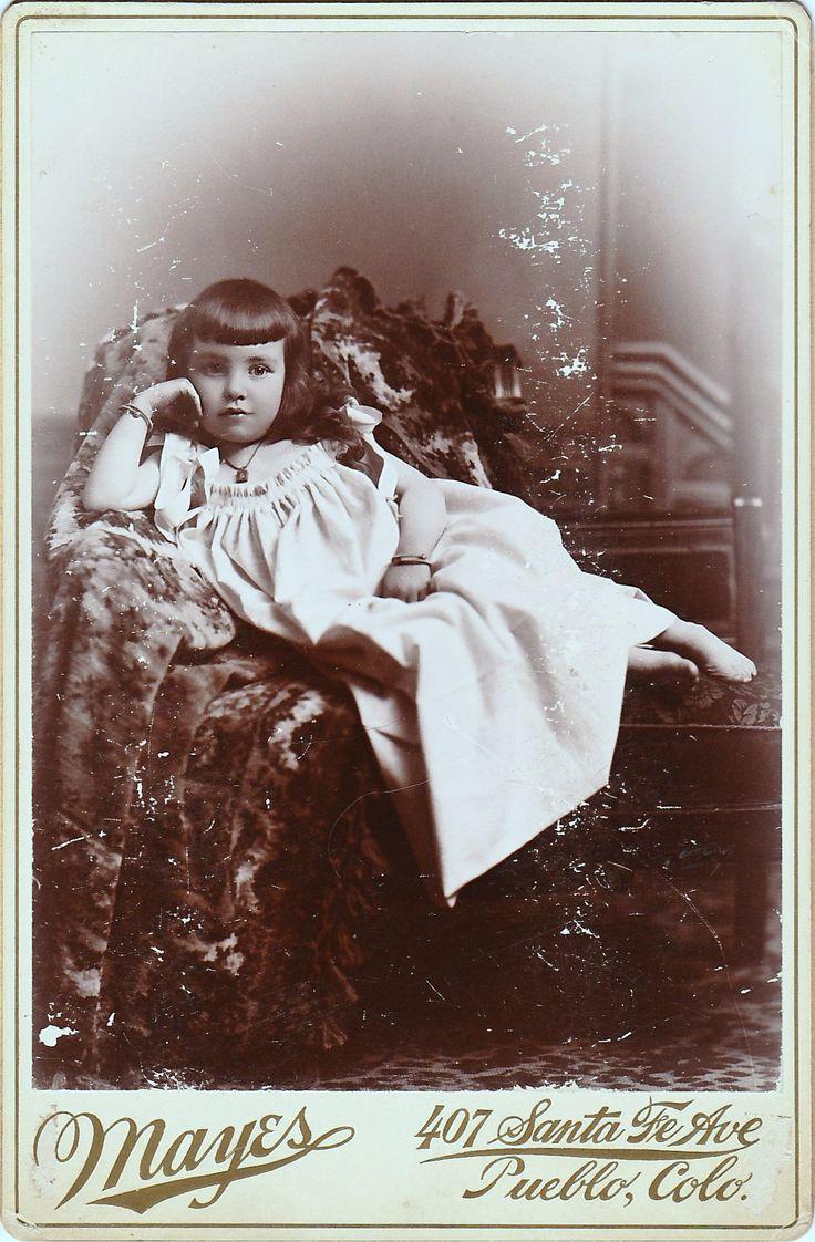 Victorian Photo / Original Print / Signed: Mayes / Date of Creation: 1920? / Photo Type: Cabinet Photo / Color: Black & White / Region of Origin: Pueblo - Colorado - U.S.A.