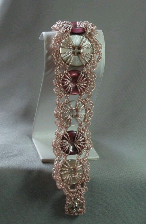 Good morning friends! What do you think of this necklace lovely | Design Patterns Here