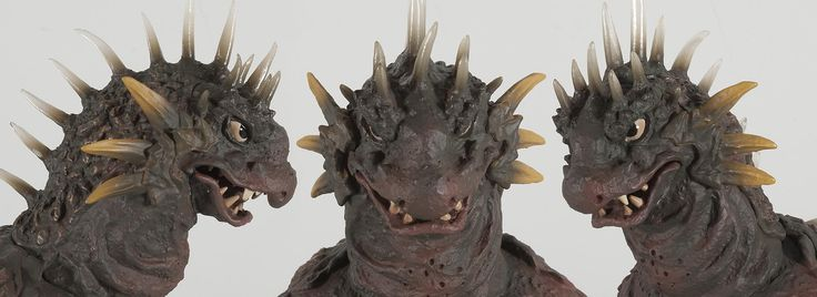Close-up of Varan figure from X-Plus.