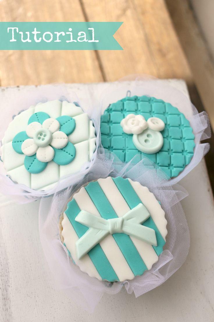 Very easy cupcakes tutorial by Valeria Mei Cagnoli - cake designer.