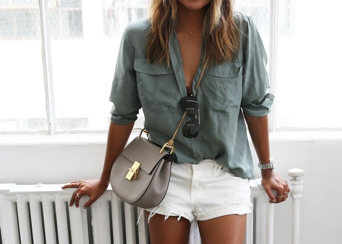 SINCERELY JULES \u0026#39;Riley\u0026#39; white denim shorts / CHLOE \u0026#39;Drew\u0026#39; cross ...