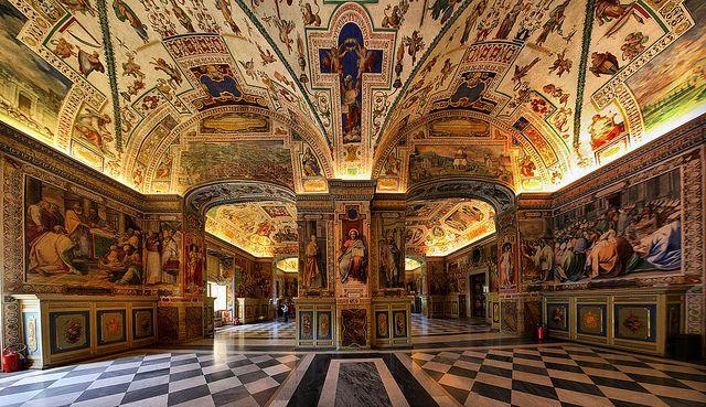 Museo Storico S. Giovani, Città del Vaticano, Roma Italy by Batistini Gaston, via Flickr