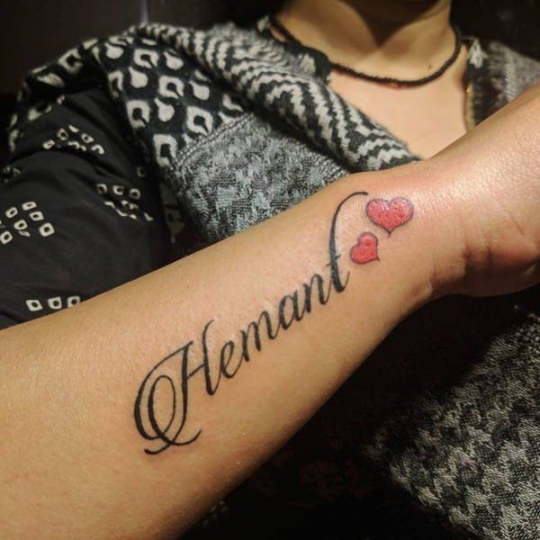 255 Cute Tattoos For Girls That Are Amazingly Vibrant And Vivid Wild Tattoo Art In 2020 Name Tattoo Designs Name Tattoos Wrist Tattoos For Guys