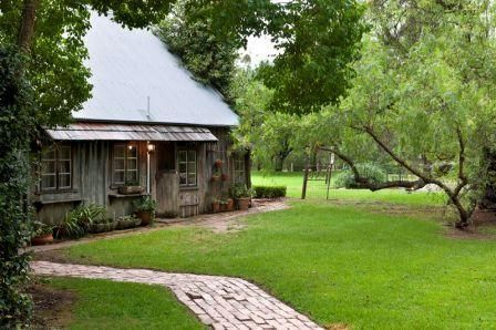 Roberts Restaurant | Hunter Valley Wine Country Tourism - Accommodation, Tours, Event Tickets & Conference Venues
