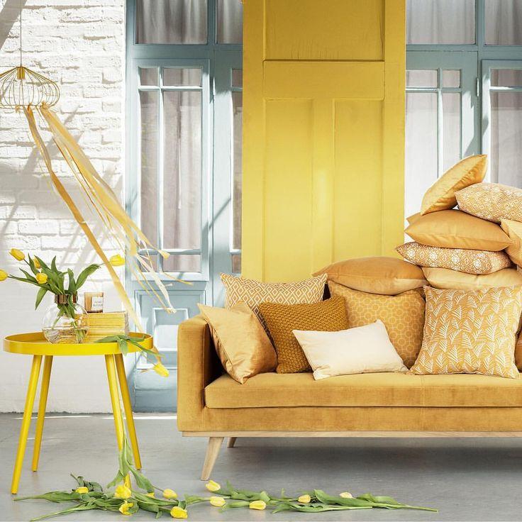 Meet our latest colour crush! 🎨 #yellowinterior #HMHome