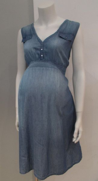 Gently used maternity dress. Lightwash lightweight denim. Elastic waist. Sleeveless. Size: Large