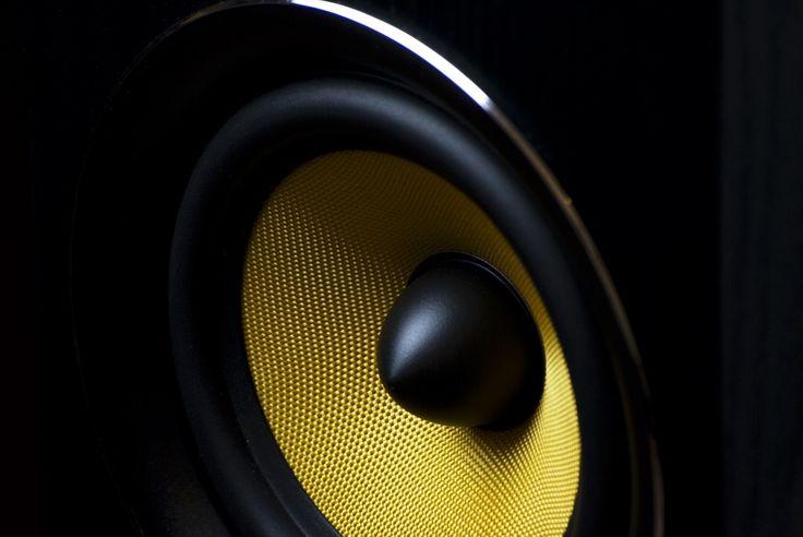 A megfelelő hangosítás elengedhetetlen bármely rendezvényen!  http://hangero.hu/hangtechnika-2/