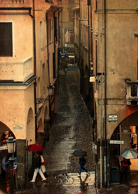 padua italy on a rainy day - JPG Photos~ Julianna O'Brien