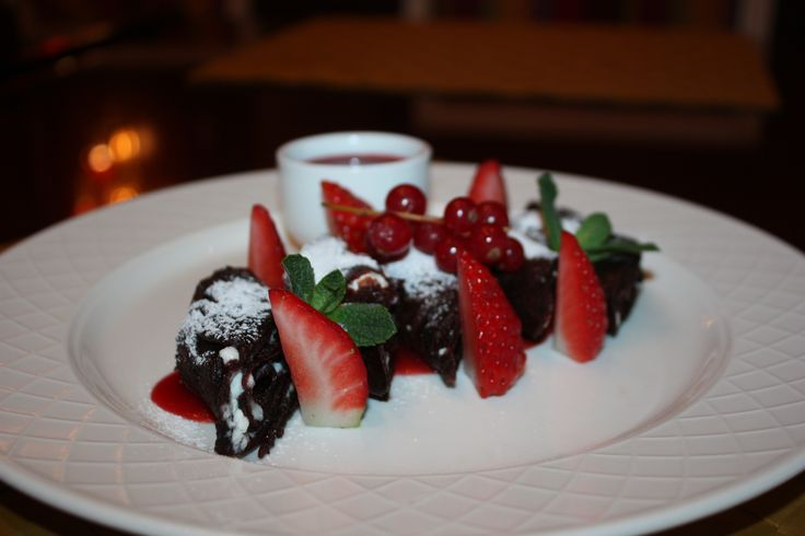 Chocolate Pancakes with Strawberries and Mascarpone Cream