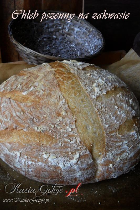Okrągły chleb pszenny na zakwasie - przepis z moim pierwszym filmem