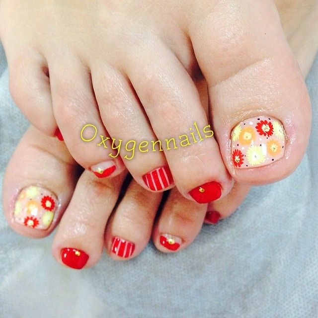 Toe Nail Art Holidays: 17 Best Images About Awesome: Holiday Toes On Pinterest