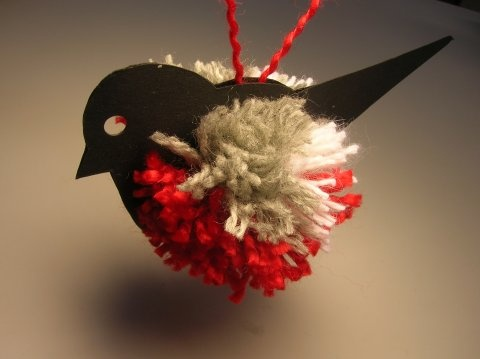 yarn pompom bullfinch - change the colors and make any bird