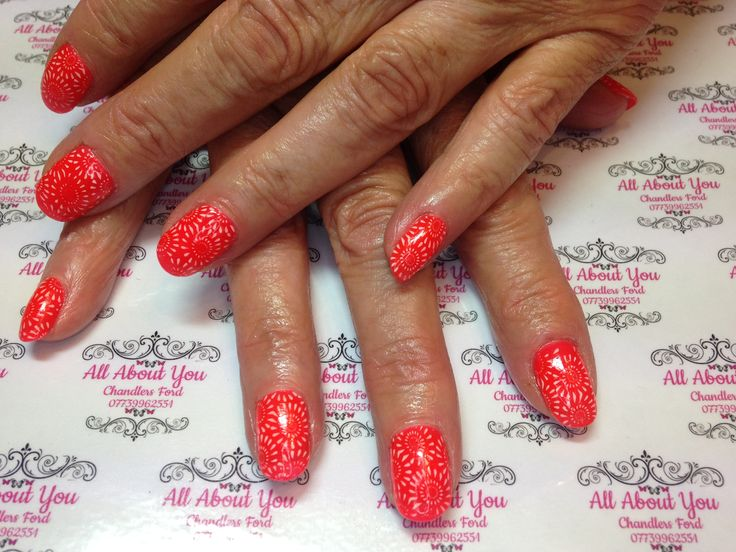 😍 #gel #heartbreak #firework #stamping #manicure to match #weekend #outfit  😍