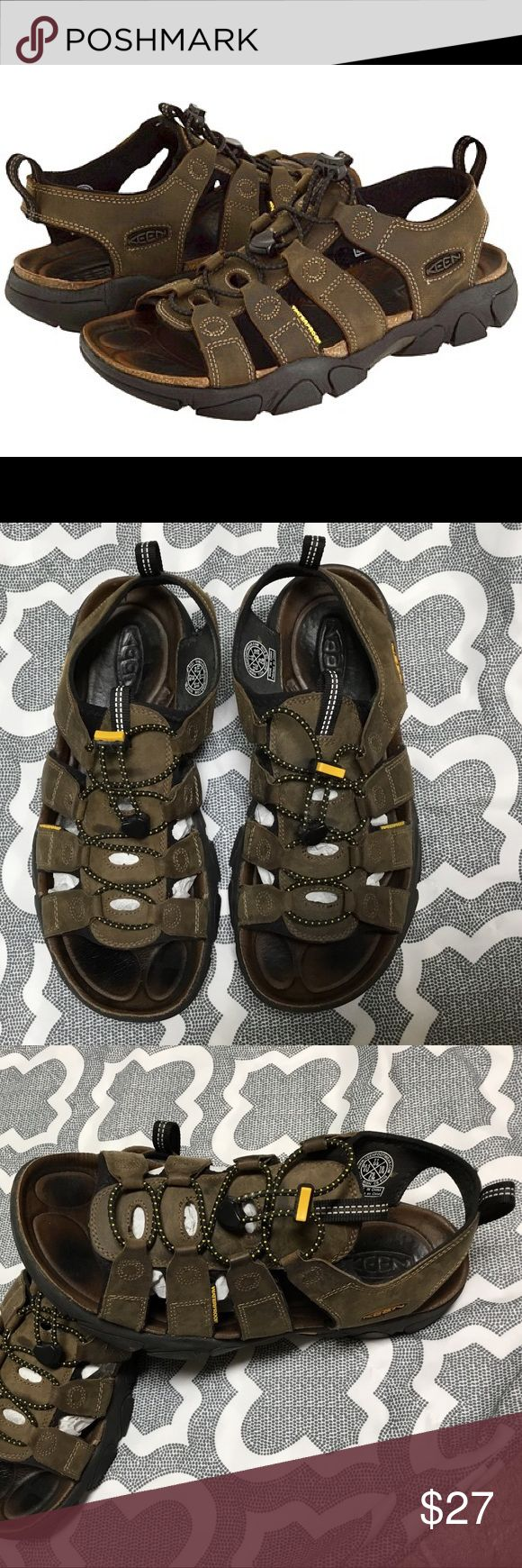 EUC KEEN Daytona Sandals Excellent used condition. Keen Daytona waterproof leather men's sandals. These will take you from trail to city without missing a beat. Seriously, only worn 5 times and have no signs of wear or flaws. Adjustable elastic tightening laces, cork beds with water proof leather for a comfy feel under foot. Keen Shoes Sandals & Flip-Flops