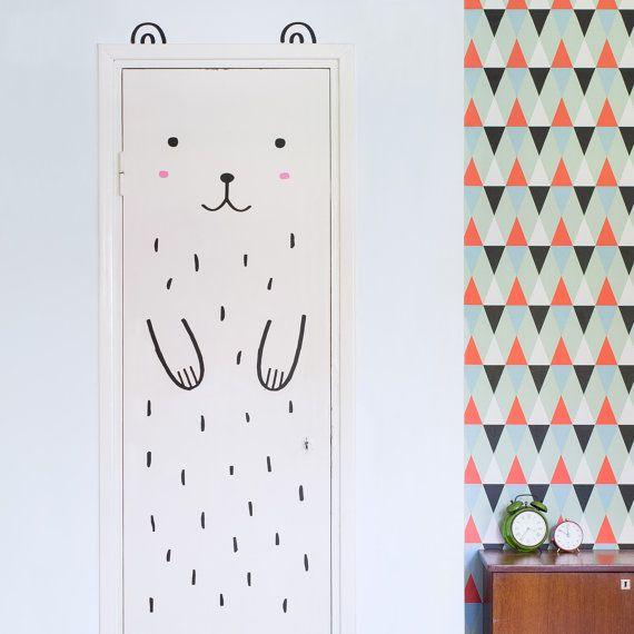 Haru le décalque Happy ours porte / Wall decal par MadeofSundays