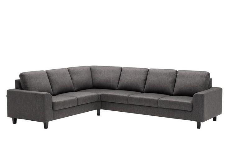 """Sofaen er for mange midtpunktet i stuen. Hvilken sofa passer best hos deg? Vi har et bredt utvalg av <a href=""""/stuen/sofaer/sofa-2-seter"""">2 seter</a>, <a href=""""/stuen/sofaer/sofa-3-seter"""">3 seter</a>, <a href=""""/stuen/sofaer/hjornesofa"""">hjørnesofa</a>, <a href=""""/stuen/sofaer/sovesofa"""">sovesofa</a>, <a href..."""