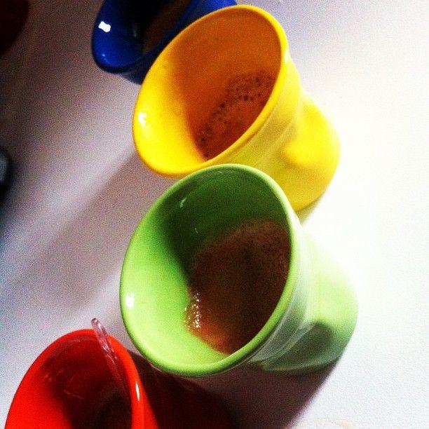 caffè con le tazzine geniali del nostro Max! #bialetti