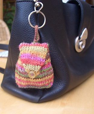 Free knitting pattern for Rucksachen tiny rucksack bitty bag