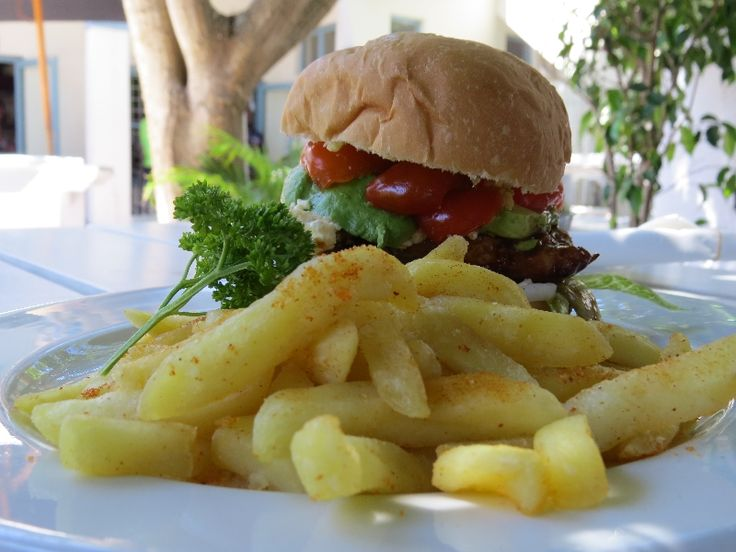 Lighthouse Pub & Grill, Kommetjie, Cape Town - Feta & Jalepeno burger