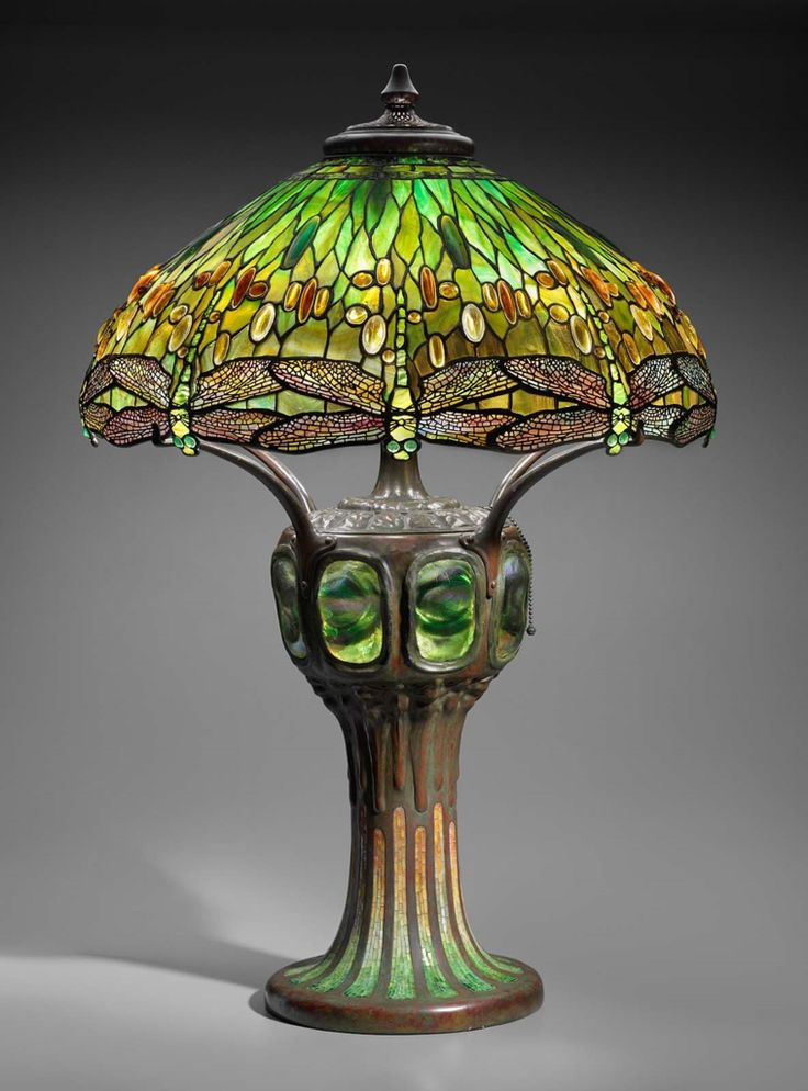 Hanging head dragonfly table lamp louis comfort tiffany for tiffany studios ca stained glass