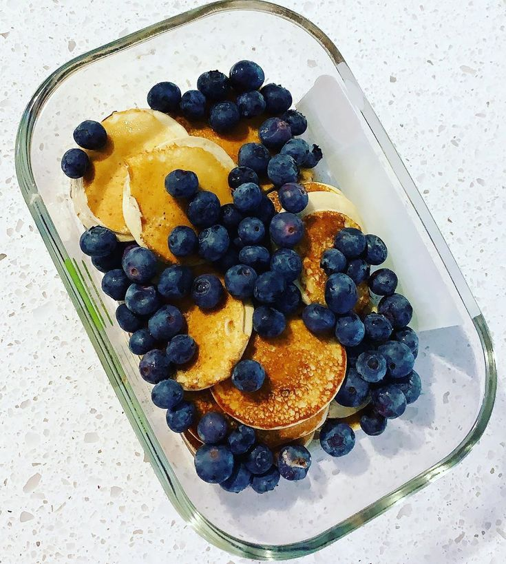Protein Pancakes 43P/49C/20F  Perfect for a post-workout meal!  #fitness #strong…