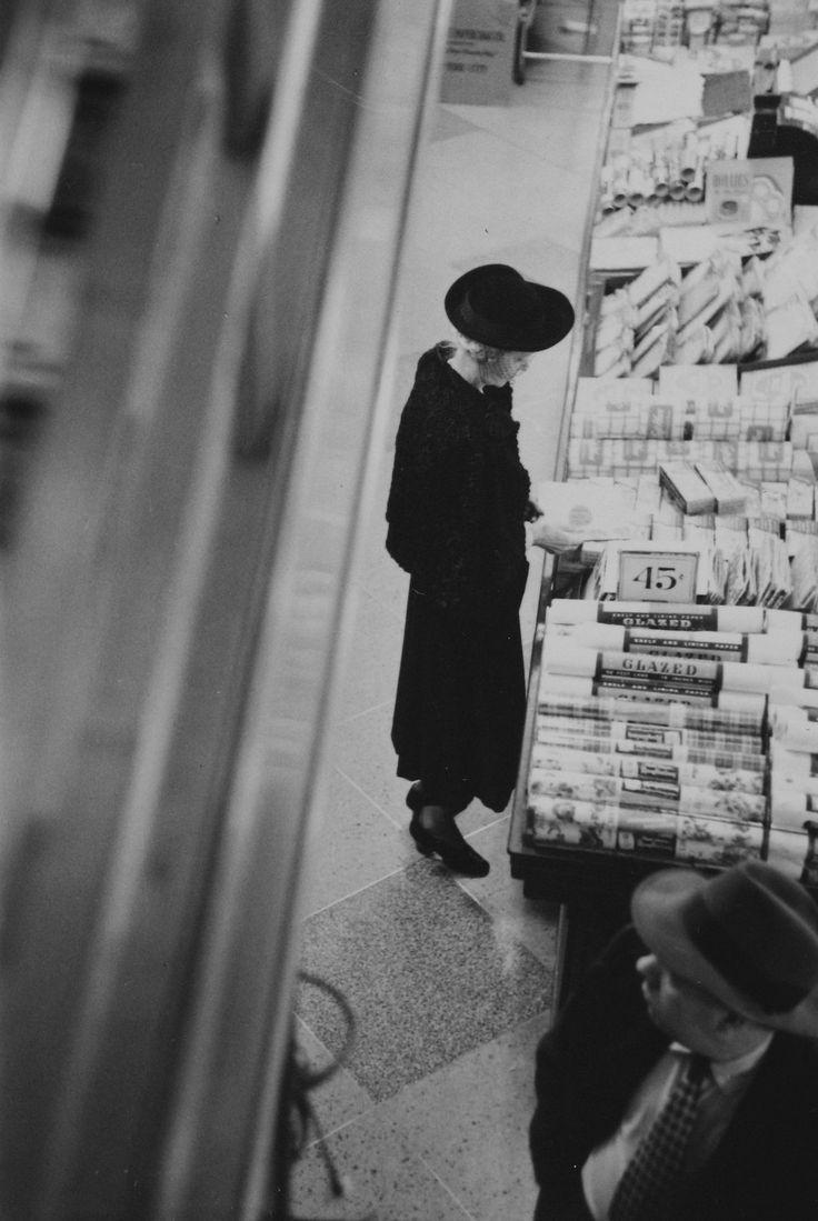 Saul Leiter '08 Women More