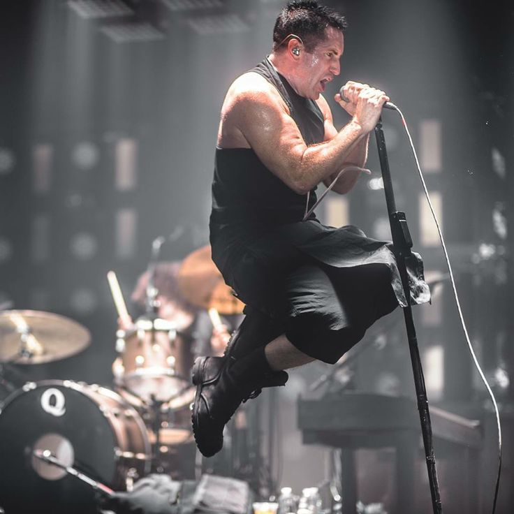 43 best Trent Reznor Awesomeness images on Pinterest | Trent reznor ...
