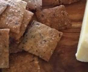 Recipe Brown Rice Crackers by Kim Browne - Recipe of category Baking - savoury