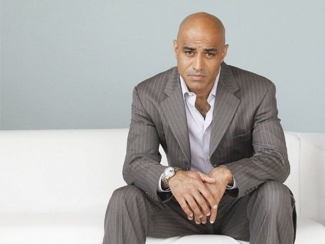 actor Faran Tahir, another great (and great-looking, lol!) Starfleet captain.