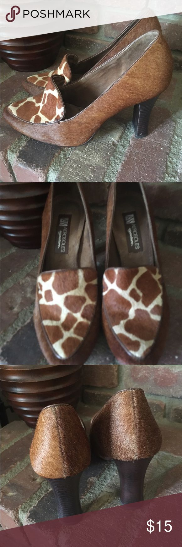 Women's Pumps Pony hair animal print Pumps.  Very comfortable great condition.  3.5 inch heel. AEROSOLES Shoes Heels