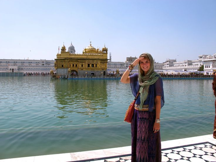 What to Wear in India - This Battered Suitcase (love this blog!)