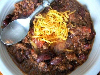 Crock-Pot Copycat Steak N Shake Chili {via CrockPotLadies.com}