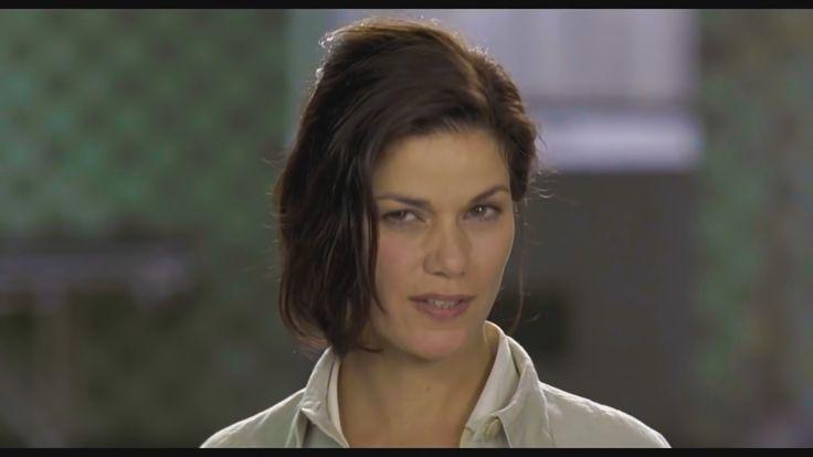 Linda Fiorentino as Agent L