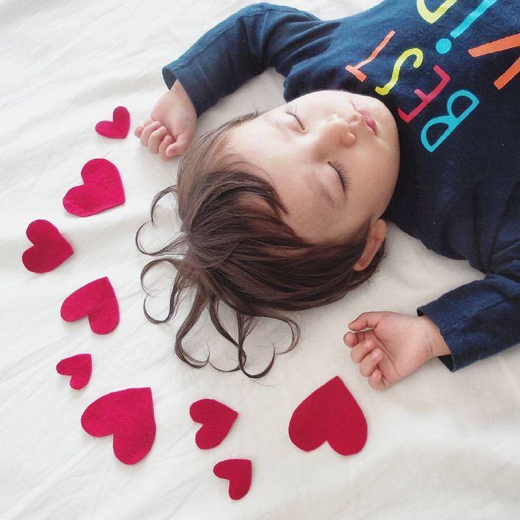 #寝相アート #髪型アート #ヘアアート #ラブ #ハート #可愛すぎ #親バカ #親バカ部 #かわいい #お昼寝 #1歳7ヶ月 #1歳 #男の子 #ハーフ #hearts #hairart #love #childhoodunplugged  #thechildrenoftheworld #childrenphoto #ourchildrenphoto  #momswithcameras  #ig_kidsphoto  #cutekidsclub #ig_beautiful_kids #kids_japan_international  #pixel_kids #littleandbrave #ig_junior #ig_kids