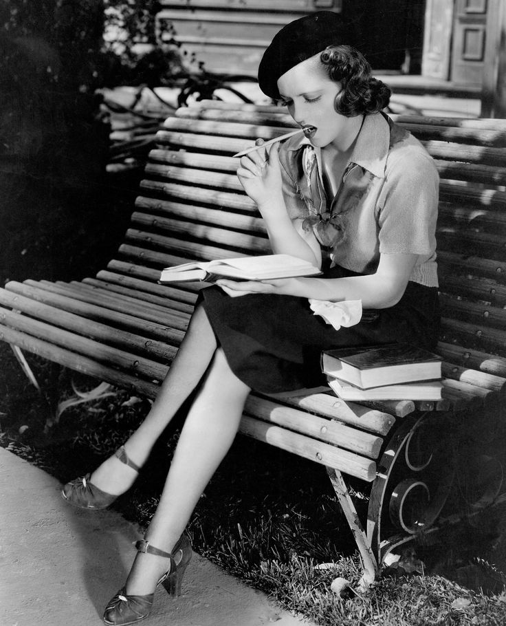 lana turner at age 16 reading in her first speaking role they wont