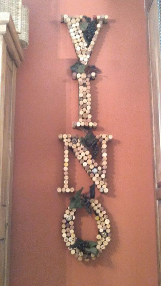 wreaths craft pumpkin cork wine repurpose, crafts, repurposing upcycling, wreaths