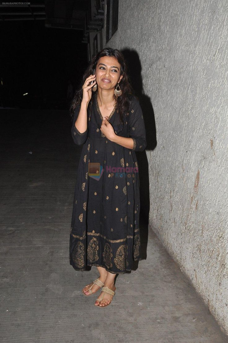 Radhika Apte watch Ok Kanmani in Mumbai on 23rd April 2015 / Radhika Apte - Bollywood Photos