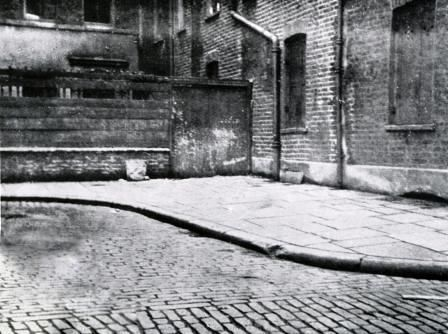"""Murder Corner - Jack the Ripper Tour Location.... """"Mitre Square is the scene of the murder of Jack the Rippers 2nd victim Catherine Eddowes on 30th September 1888"""